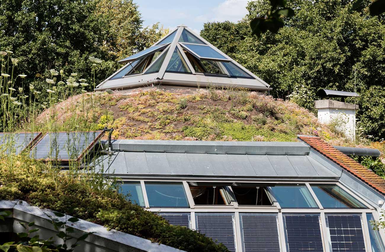 freiburg-pfosten-riegel-fassade-klappfenster-09