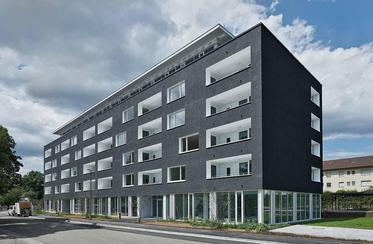 holz-alu-fenster-mehrfamilienhaus-freiburg-01
