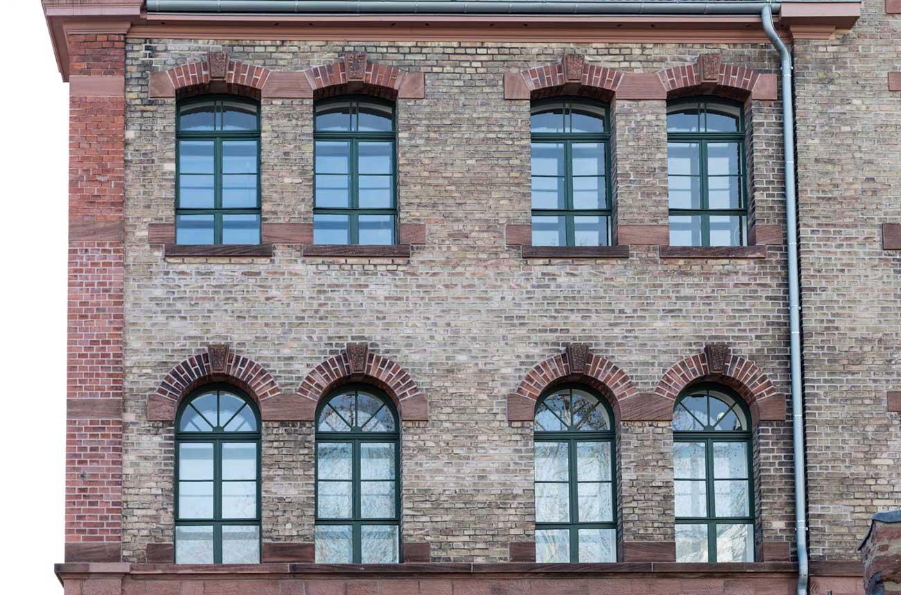 lahr-denkmalschutz-rundbogenfenster-sanierung-2